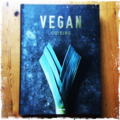 © Vegan Cuisine par Jean-Christian Jury & Joerg Lehmann, publié par teNeues, 98€