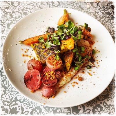 Polenta et légumes rôtis chez Supernature