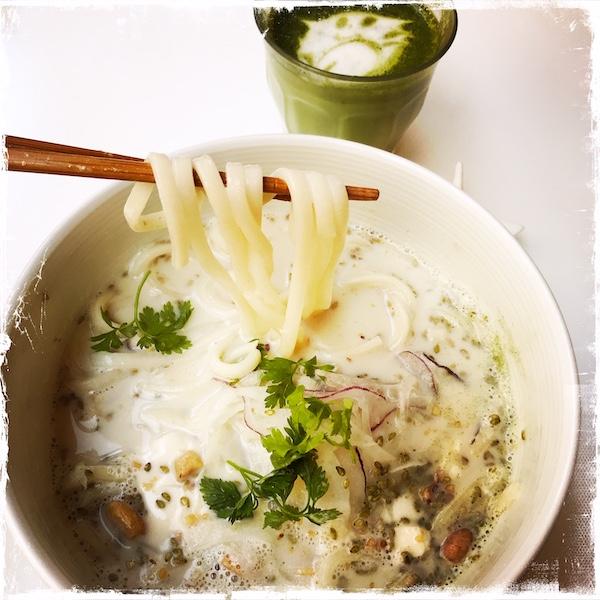 Udons vegan Umami Matcha Café