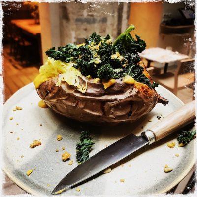 Patate douce au four vegan Mesa au Hoy Hôtel