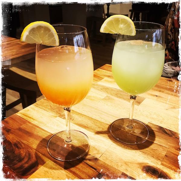 Cocktails au yuzu et à la cerise chez Neko Ramen Paris