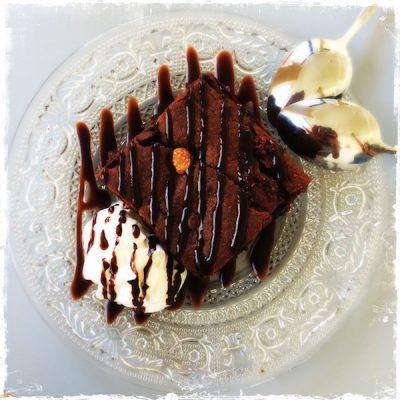 Gâteau chocolat cacahuètes vegan Oatmeal