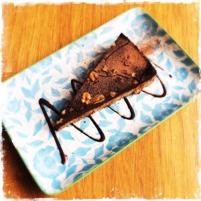 Gâteau végane et cru au chocolat Judy