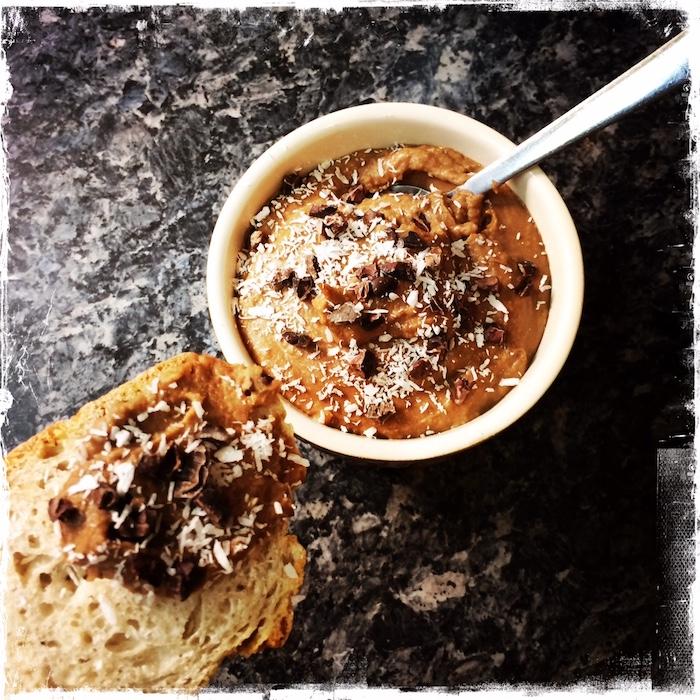 Sweet houmous cacahuète et cacao