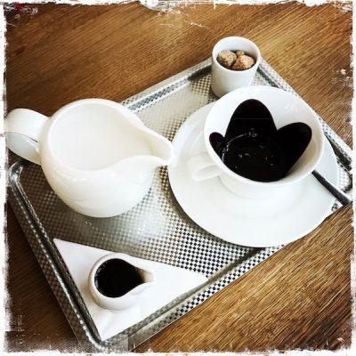 Chocolat chaud végane chez Nelson's Paris