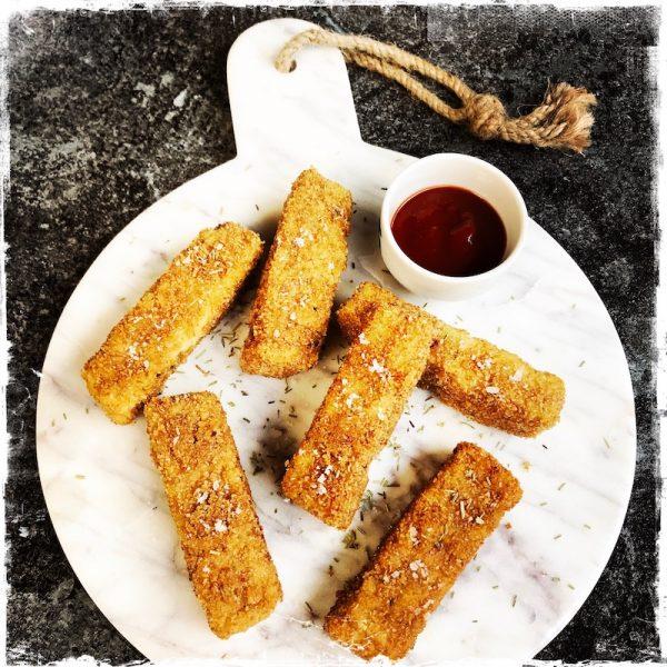 Bâtonnets de mozzarella frits véganes de Jean-Christian Jury