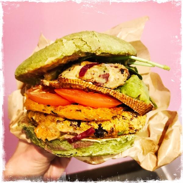 Burger sportif vegan Jak Healthy Paris